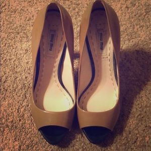 Miu Miu Black and Tan pumps